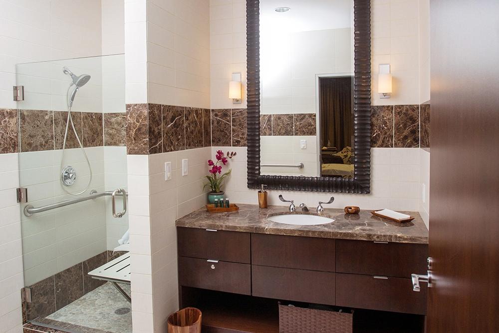 Cloister Guest Bathroom
